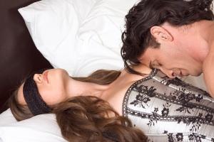 Horoscopul gentlemenilor: Top 3 zodii de barbati care stiu cum sa se poarte cu o femeie