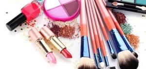 7 produse de make up pentru un machiaj profesional