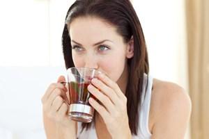 Redu riscul aparitiei de cancer ovarian: Iata ce bauturi trebuie sa consumi!