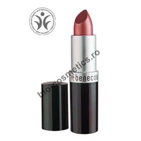 _vyr_414lipstick-dark-red_wm