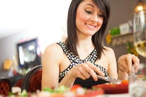 Cum sa mananci pe saturate la cina fara sa te ingrasi. 6 retete dietetice simple care te ajuta sa iti mentii silueta!