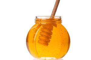 Uite ce se intampla daca bei apa cu miere in fiecare dimineata!
